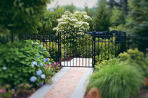LI, NY fence company can create beautiful fences and gates for your Long Island property.
